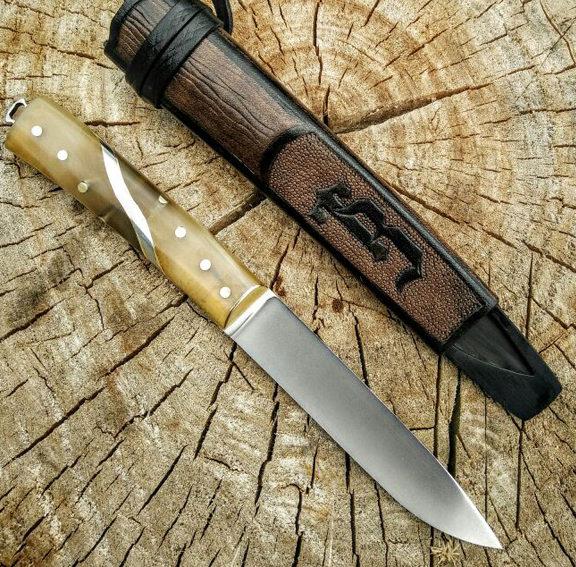 Нож Бичак